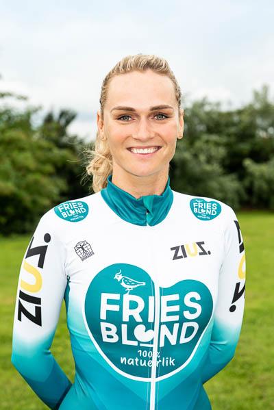 Irene Schouten komt dit seizoen in het marathonschaatsen uit voor FriesBlond/ / ZiuZ