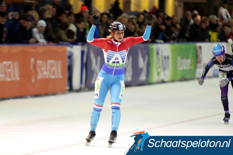 Irene Schouten won de finale wedstrijd in het Noorse Stavanger.