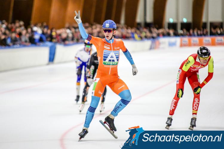 Evert Hoolwerf wint na de openingsmarathon ook de tweede marathon van het seizoen in Leeuwarden.