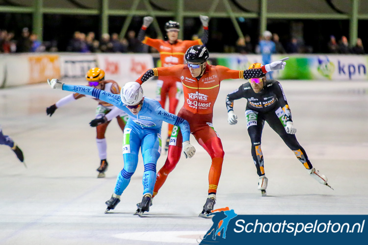 Evert Hoolwerf en Robert Post strijden om de winst. Remco Schouten heeft al alle vertrouwen in de afloop.