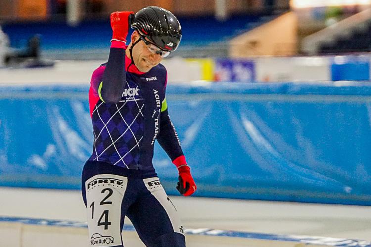 Arjan Elferink weet het hij wint de voorlaatste wedstrijd in de Noord-Oost Competitie en daarmee het eindklassement.