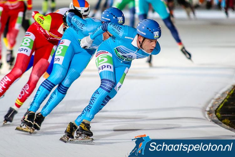 Zaterdagavond kan Arjan Stroetinga zich tijdens de negende KPN Marathon Cup naast Michaud schaatsen als hij op het podium eindigt.