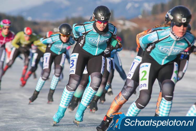 Chantal Oosterkamp komt volgend seizoen uit voor de topdivisieploeg van CENNED.