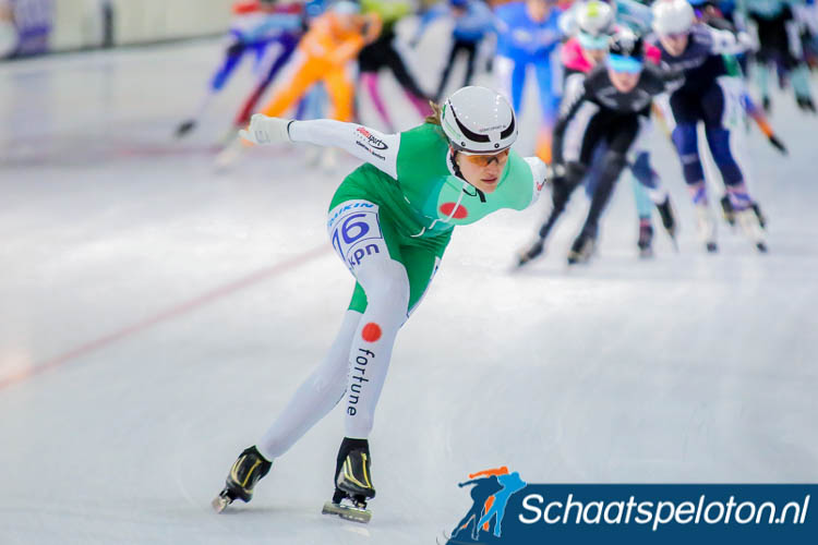 Claudia Oranje kiest de aanval in Groningen waar ze uiteindelijk als derde zal eindigen.