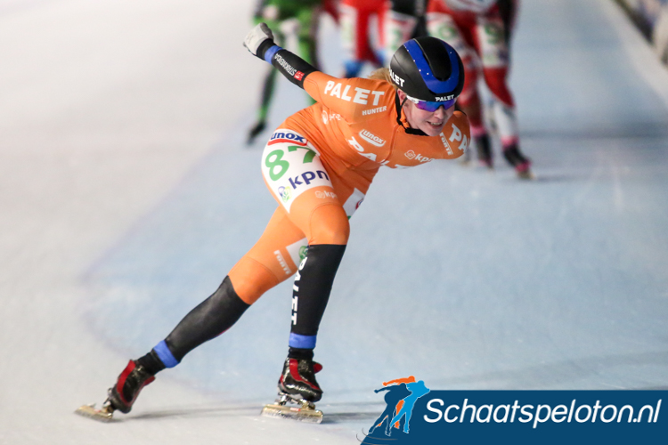 Mocht klassementsleidster Elma de Vries (Palet Schilderwerken) zaterdag de eindwinst in de KPN Marathon Cup binnen weten te slepen dan beëindigt ze daarmee een acht jaar lange wachtperiode na haar cupwinst in het seizoen 2008/2009.
