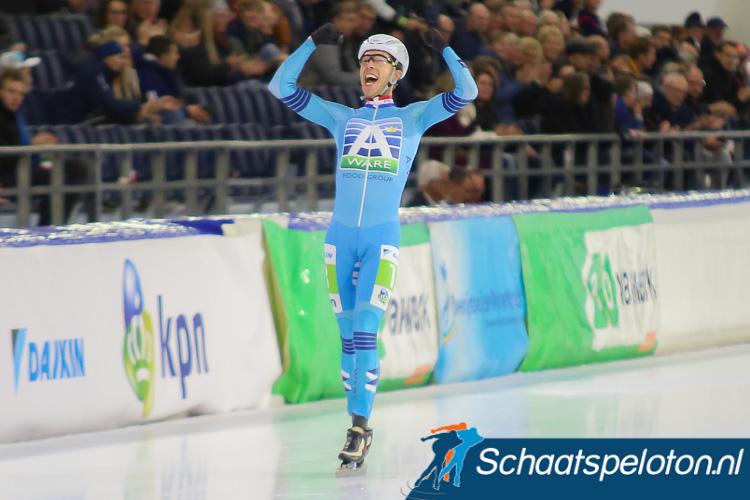 In Thialf heeft Jorrit Bergsma (Royal A-ware) voor het eerst in vier jaar tijd weer een kunstijsmarathon gewonnen.