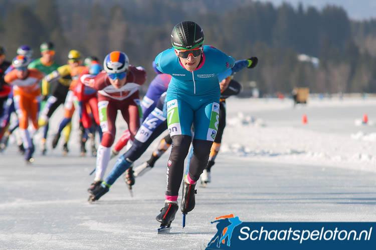 Luc ter Haar vorige maand actief op de Weissensee waar hij met een derde plaats in de KPN Grand Prixwedstrijd zijn eerste natuurijspodium behaalde.