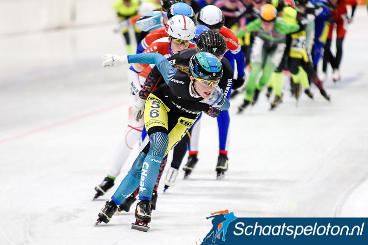 Doordat zij twee keer in de Topdivisie finishte is regiorijdster Luna Jonkers al zeker van deelname aan het NK marathonschaatsen op Nieuwjaarsdag in Utrecht