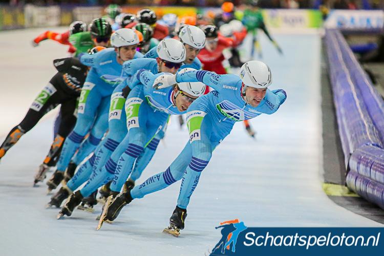 Het lichtblauw van Royal A-ware zal volgend seizoen niet meer het peloton aanvoeren. De kaasgigant stopt met sponsoring van de ploeg van Jillert Anema.