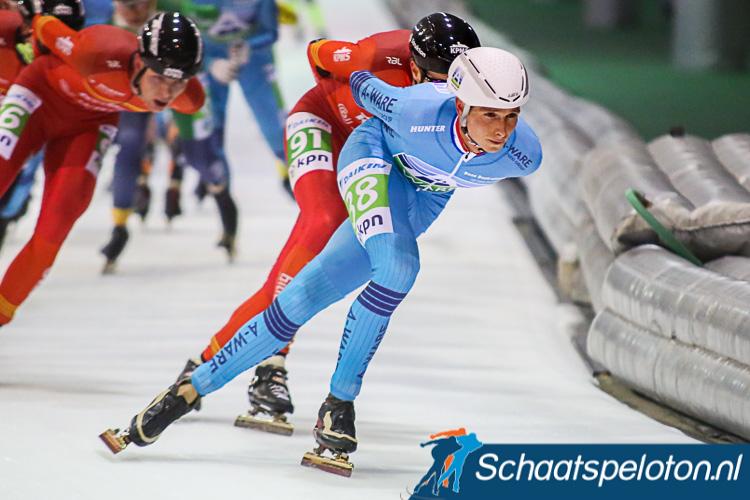 Simon Schouten zat in de eerste twee wedstrijden een schorsing uit en begon afgelopen zaterdag met een zevende plaats aan zijn marathonseizoen. Hij en zijn zus Irene Schouten verkiezen de deelname aan de Trachitol Trophy boven de mass-start in het Japanse
