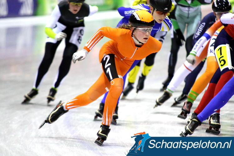 Tessa Snoek won de Dameswedstrijd in de massasprint.