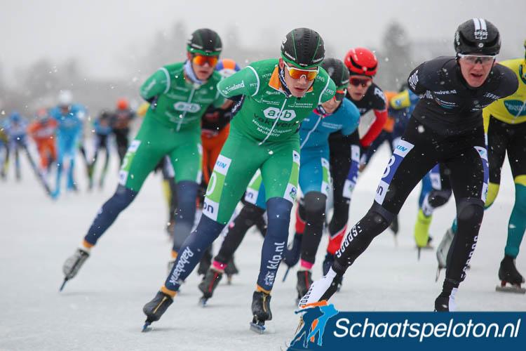 Willem Hoolwerf jr. in actie tijdens het Open NK op de Weissensee.