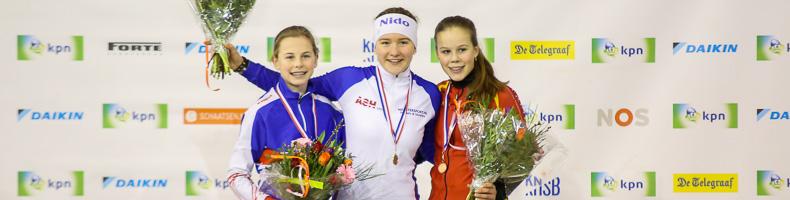 Stijn van de Bunt en Loes Busser winnen NK marathonschaatsen Junioren C