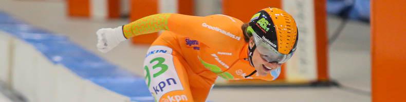 Afscheid met cupwinst, Mariska Huisman en ploegleidster Klasina Seinstra gingen Imke Vormeer voor