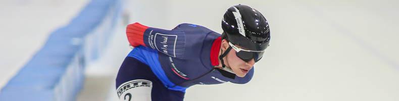 Jorrit Extercatte snelt naar winst bij start Noord-Oost Competitie